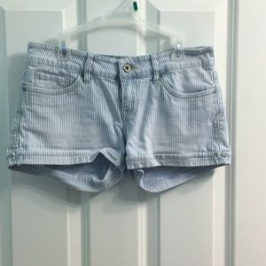 Light blue and white Striped Levi's jean shorts